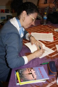 nuria-marti-firma-libros