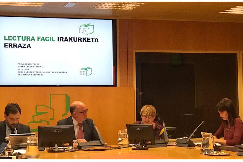 Hablamos de Lectura Fácil en el Parlamento Vasco
